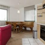 Küchenzeile & Essbereich